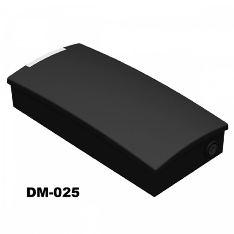 Dm-025