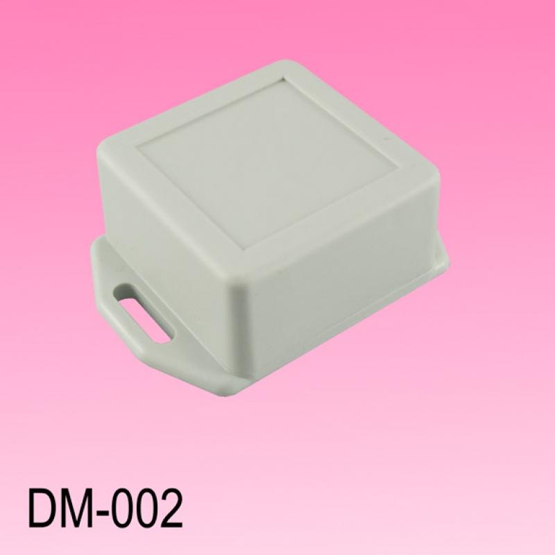DM-002