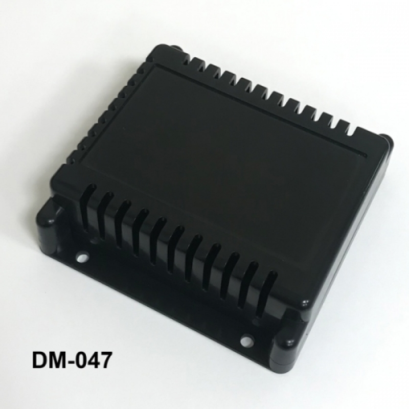 DM-047